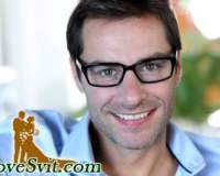 Жінка в окулярах красива, а чоловік – успішний від LoveSvit